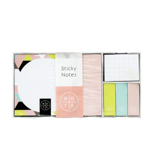 geometric sticky note set inside the box showing different colours like green, pink and blue